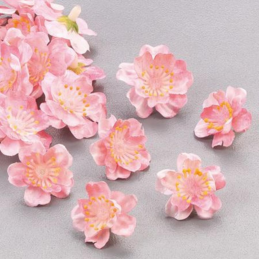 Декор цветами из пластики