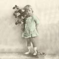 """Салфетка для декупажа SVD2066 """"Девочка с цветами"""", 33х33 см, Sagen Vintage Design, Норвегия"""