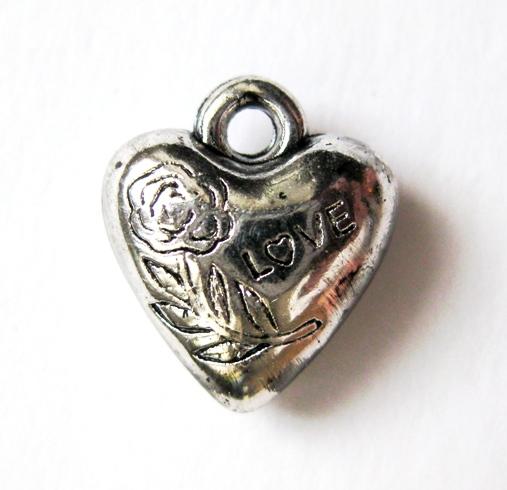Подвеска для скрапбукинга Сердце Love, купить - магазин АртДекупаж